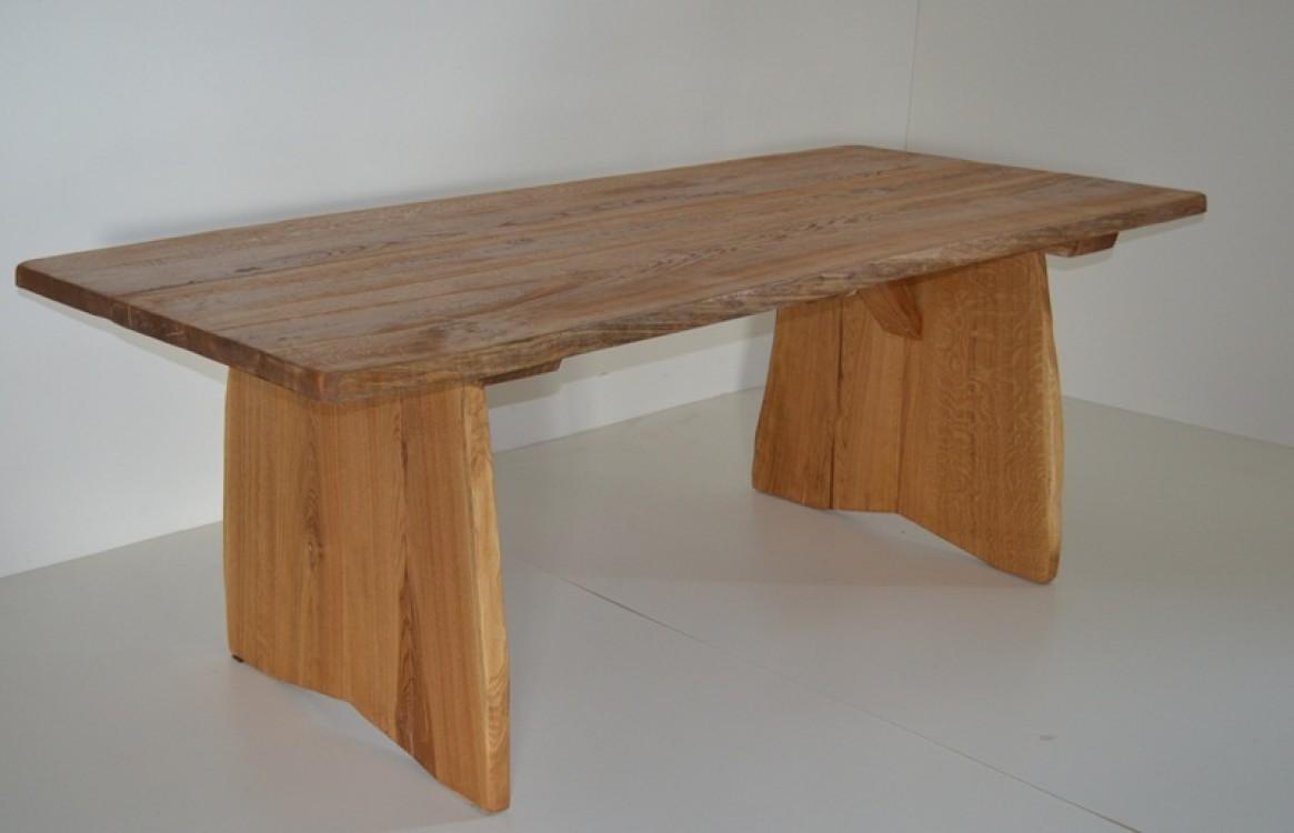 Masivní dubový stůl Dorian