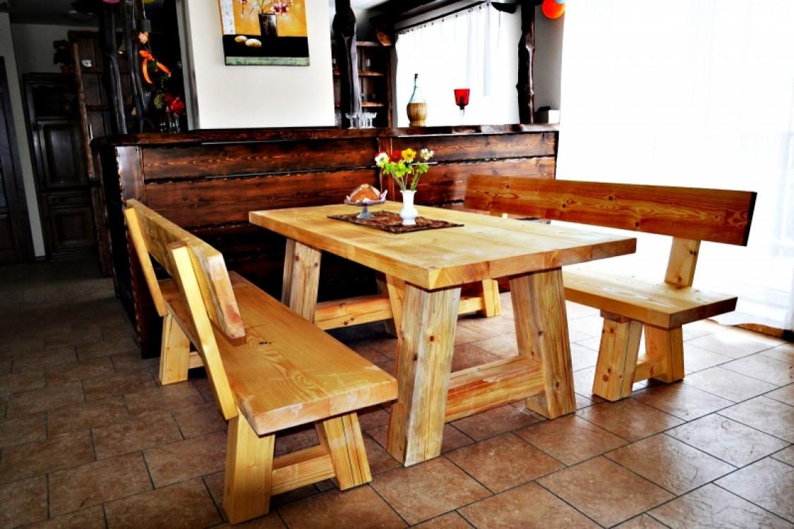 Selský masivní nábytek Praděd