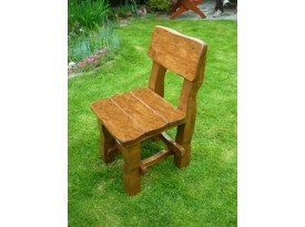 Masivní židle Borek