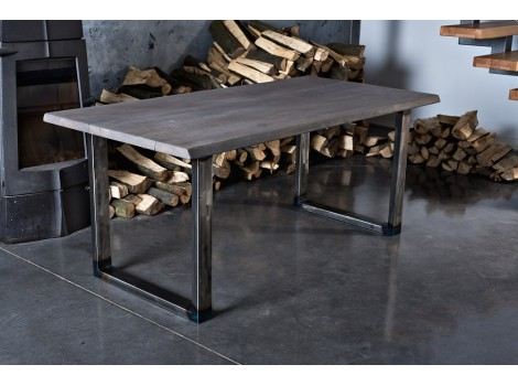 Industriální jídelní stůl Cyprian