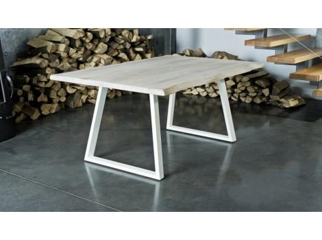 Jídelní stůl  z masivu Dominic