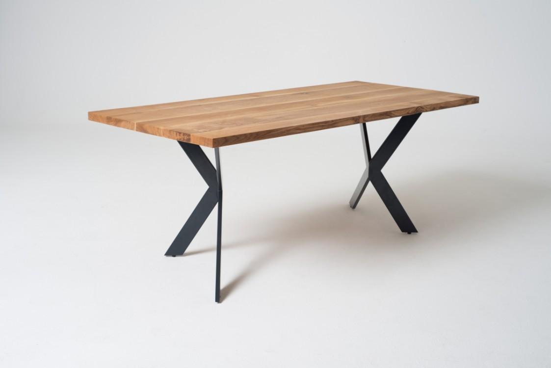 Jídelní stůl z masivu Alex