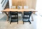 Dubový jídelní stůl Max