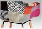 Designová židle Memphis