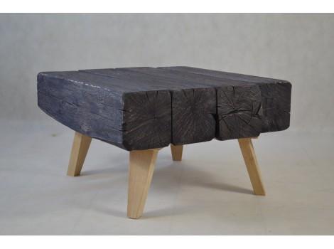 Konferenční stolek z masivu Nicholas