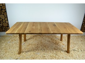 Jídelní stůl z masivu Elliot