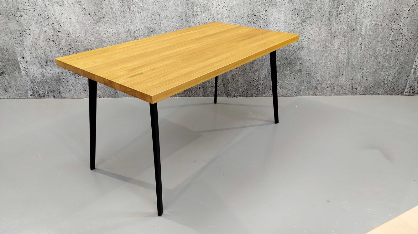 Designový jídelní stůl masiv Ross