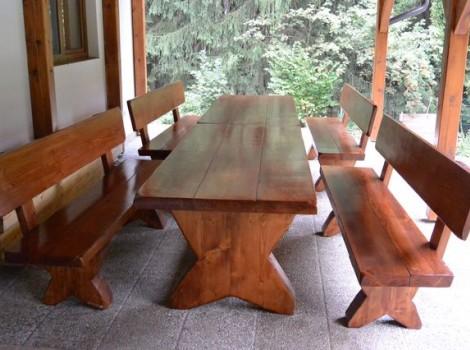 Zahradní masivní nábytek- sestava Magura